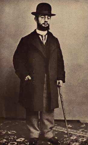 Toulouse Lautrec. Reconocido pintor y cartelista francés. Discapacidad física